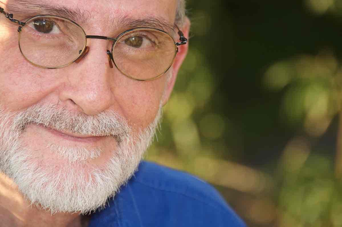 Mario Liani - Numerólogo, formador y canalizador
